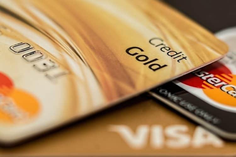caixabank lanza banca premier